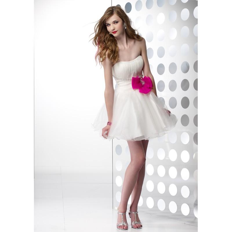 Pretty Short White Dresses