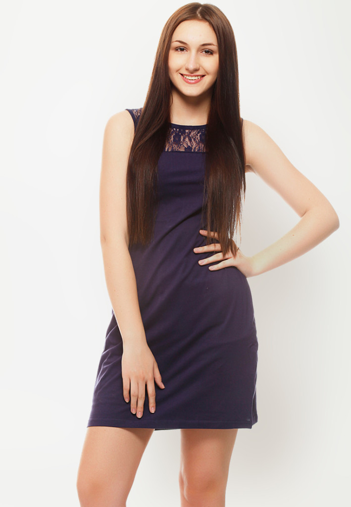 solid sleeveless navy blue dress