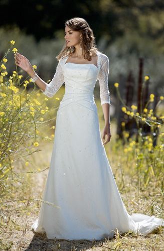Simple Long Sleeve Wedding Gowns