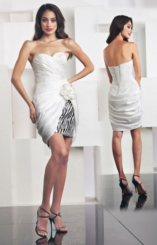 Cute White Strapless Graduation Dresses
