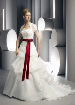 best bridal gowns reviews