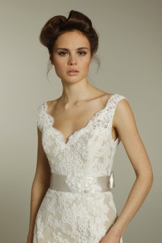 whimsical Ivory lace dress